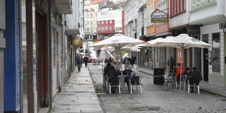 Los locales con licencia de restaurante podrán prestar servicio hasta las 23 horas