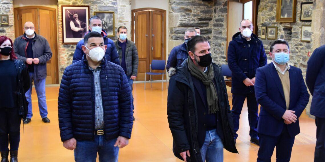 Alcaldes, ediles y portavoces del PSdG se reunieron en el local de Toxos e Froles de Ferrol