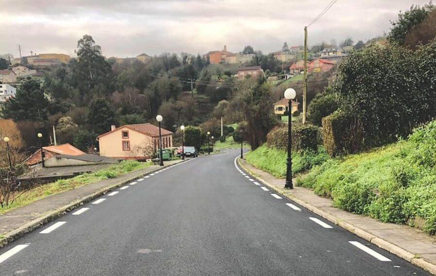 Nuevo pavimento de la avenida Castelao, en Pontedeume