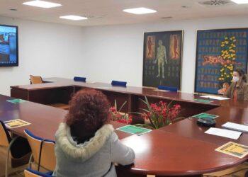 Ferreiro, estuvo en la reunión con la concejala de Bienestar Social, Catalina García, y la jefa del Servicio Sociocomunitario Municipal