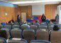 La edil de Benestar, Eva Martínez, dio la bienvenida a los padres y madres participantes