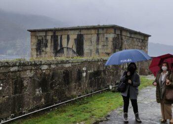 La visita de ambas concejalas al castillo