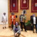 Manuela Castro recibió el galardón en un acto oficial en la casa consistorial