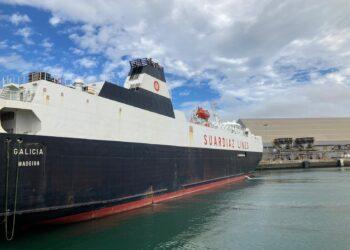 El buque Galicia realizó hasta ahora tareas logísticas civiles