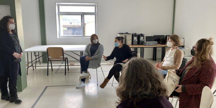Primera sesión en el centro sociocomunitario.