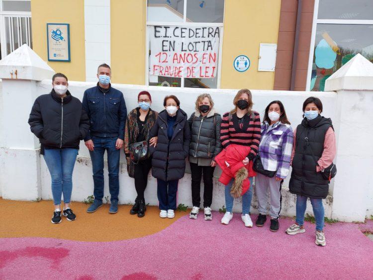 El alcalde de Cedeira junto a las trabajadoras afectadas
