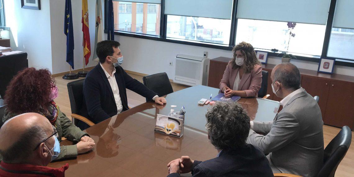 Reunión entre los responsables municipales de Narón y el secretario general de los socialistas gallegos