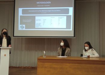 Las alumnas durante la presentación del proyecto. | CEDIDA