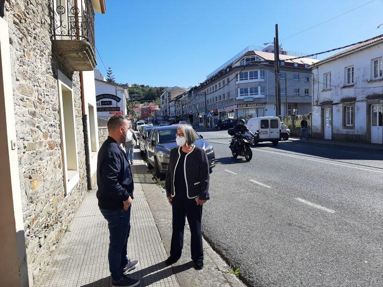 El regidor y la subdelegada del Gobierno visitaron el vial que vertebra el municipio