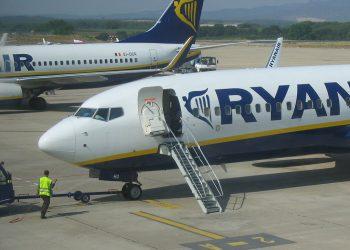 Avión de la aerolínea de bajo coste.