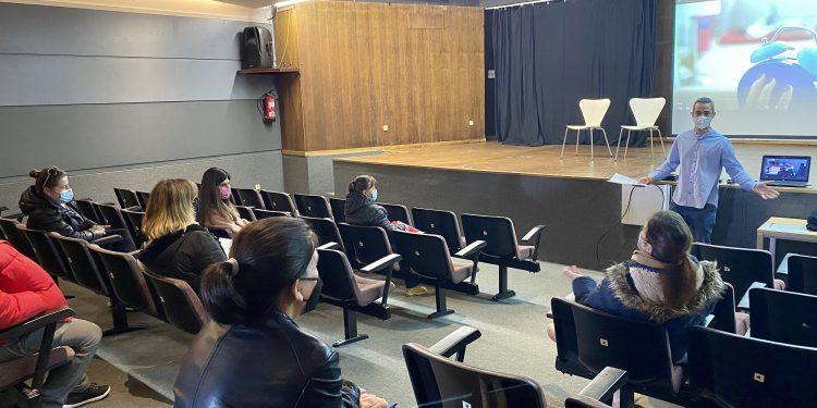 Taller de empleo en la Casa de la Cultura de Valdoviño.