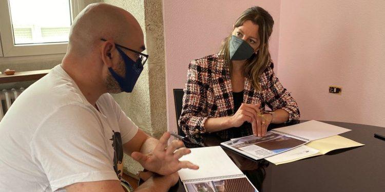 Efrén Castro y Lara Méndez en la reunión que ambos mantuvieron | CONCELLO DE LUGO