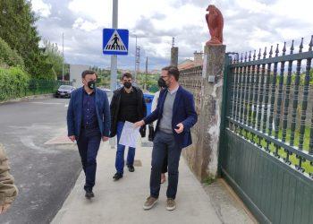 El alcalde Ángel Mato; el presidente de la Diputación, Valentín Gonzalez y el edil de Urbanismo, Julián Reina, visitaron la zona la pasada semana
