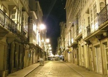 Rúa Magdalena por la noche