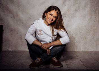 La chef compostelana Lucía Freitas al retomar su trabajo en A Tafona   CEDIDA