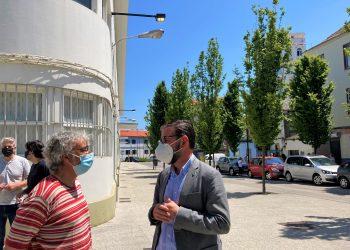 El alcalde Ángel Mato visitó la zona en la mañana de ayer