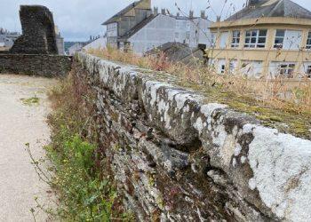 El adarve de la muralla.