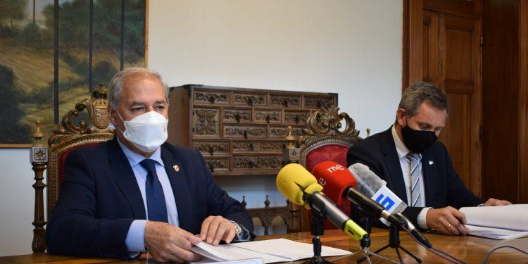 El presidente de la Diputación de Lugo, José Tomé, se reúne con el delegado del Gobierno en Galicia, José Miñones | DIPUTACIÓN DE LUGO