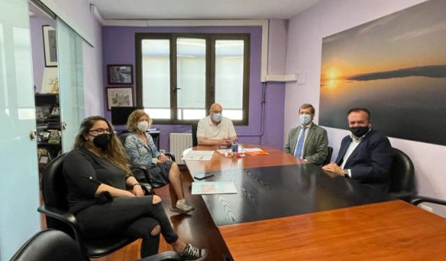 Reunión entre el gobierno local y AGAFAN   AYUNTAMIENTO DE VALDOVIÑO