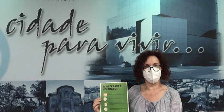 La concejala de Participación Ciudadana, Catalina García, animó a las entidades que trabajan en Narón a solicitar un espacio en esta web para dar a conocer su trabajo