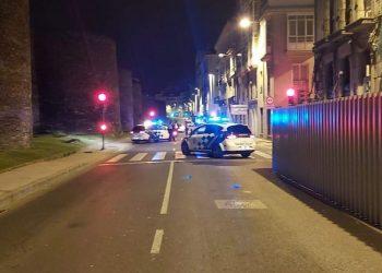 Los agentes detuvieron al vehículo al detectar una conducción extraña.