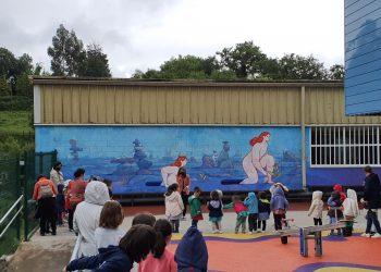 Los escolares acudieron a la inauguración de esta pieza artística