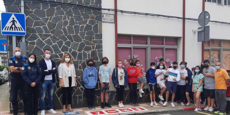 La iniciativa fue presentada en el centro escolar de Xuvia