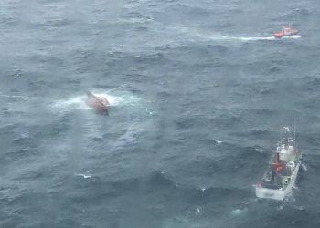 Imagen del buque hundido desde el Helimer 402   SALVAMENTO