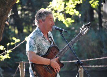 Imagen del músico César Morán