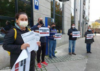 Protesta frente al edificio de la Xunta en Ferrol   E.P.