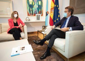 La alcaldesa de Lugo y el presidente de la Xunta, Alberto Núñez Feijoo, en una imagen de archivo.