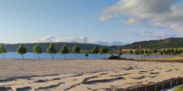 Pista multideportiva en el lago de As Pontes   CONCELLO DE AS PONTES