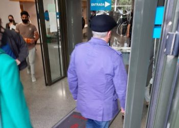 El sospechoso a su llegada al juzgado esta mañana.   EUROPAPRESS
