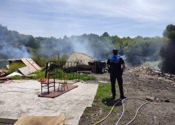 La Policía Local de Lugo acudió a un incendio en el poblado de O Carqueixo