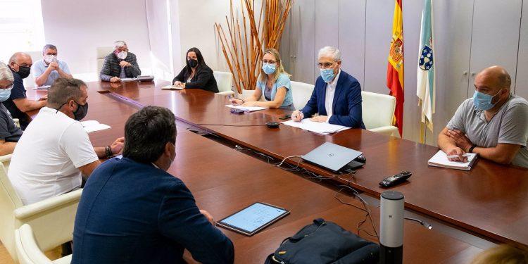 Reunión del vicepresidente económico de la Xunta, Francisco Conde, con el grupo de trabajo para una transición justa de As Pontes | XOÁN CRESPO / E.P.