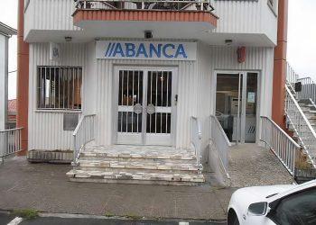 Oficina de Abanca cerrada en Cerdido