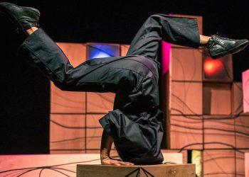 Imagen de Teatro Ó Cubo en una función   TEATRO Ó CUBO