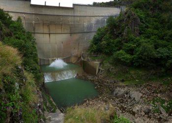 Presa del río Eume en el concello de A Capela