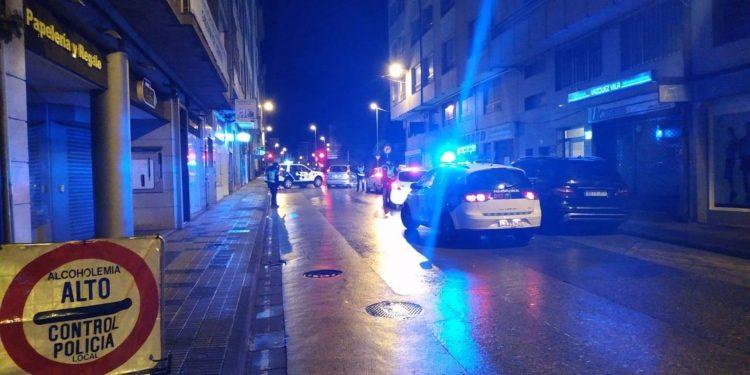 Control nocturno de la Policía Local de Lugo.